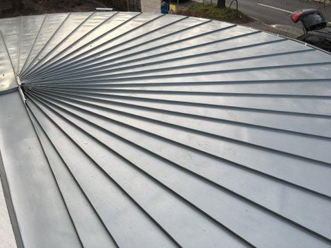 Dach halbrund aus Metall